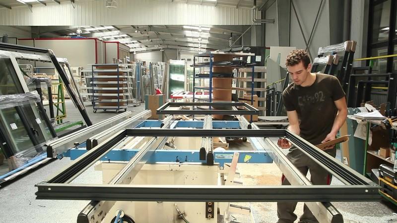 D couvrez votre fabricant de menuiserie pvc et aluminium for Fenetre atelier aluminium